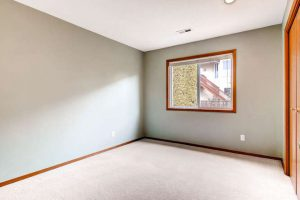 14313-sw-aynsley-way-portland-small-019-9-2nd-floor-bedroom-666x444-72dpi