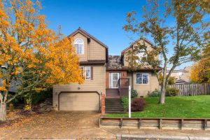 14313-sw-aynsley-way-portland-small-001-7-exterior-front-666x444-72dpi