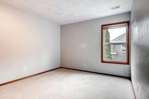 14313-sw-aynsley-way-portland-small-021-21-2nd-floor-bedroom-666x444-72dpi
